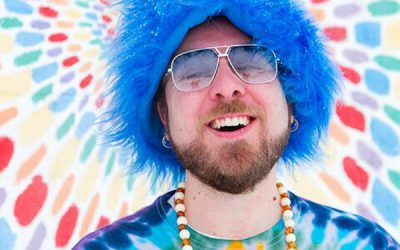 #Guelph, fun and whimsical children's entertainer @gassybubbles will be performing at #vegfestguelph this Sunday!!!